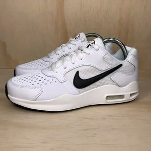 Nike Shoes - NEW Nike Air Max Guile